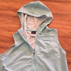 Women's Nike Dri-fit 3/4 hooded vest